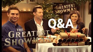 Video The Greatest Showman | Christmas Cracker Q&A | 2017 MP3, 3GP, MP4, WEBM, AVI, FLV Juli 2018