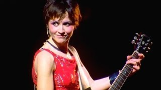 Video The Cranberries - Zombie 1999 Live Video MP3, 3GP, MP4, WEBM, AVI, FLV Januari 2019