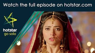 Chandhra Nandhini! Click here http://www.hotstar.com/tv/chandhira-nandhini/14164/nandhini-is-in-for-a-shock/1000182926 to watch the full episode.Nandhini Is In For A Shock Chandhra and Nandhini escape from the tribe. Nandhini is shocked to see the captive brought by Chandhra to the palace. Who is it?
