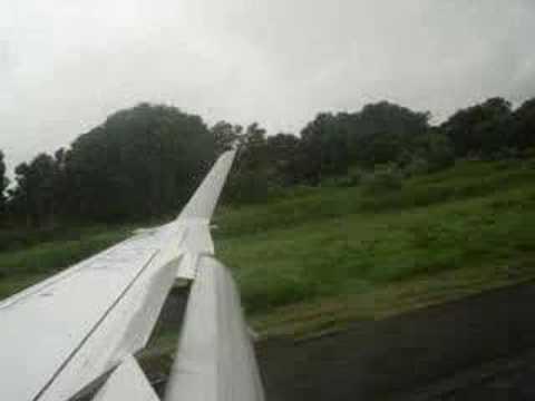 SATENA Aterrizaje en Arauca