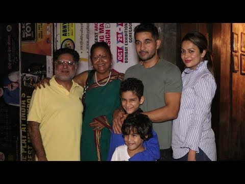 Amrita Arora Spotted With Her CUTE Kids & Family |