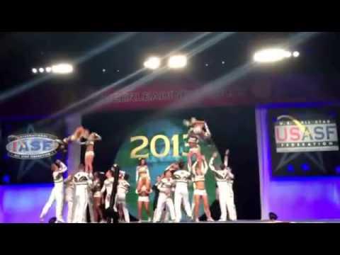 Top 20 Cheer Pyramids 2013