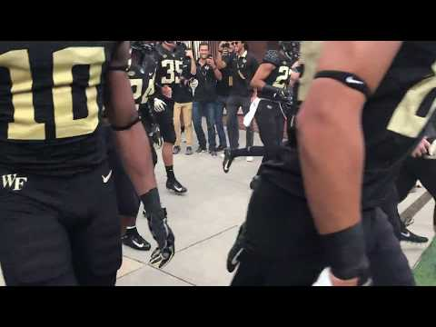 WFU Demon Deacons run out onto BB&T Field for Boston College football game - 9.13.18
