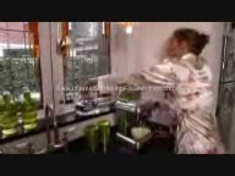 Funny Commercial ( www.Aku-Sempoi.blogspot.com )