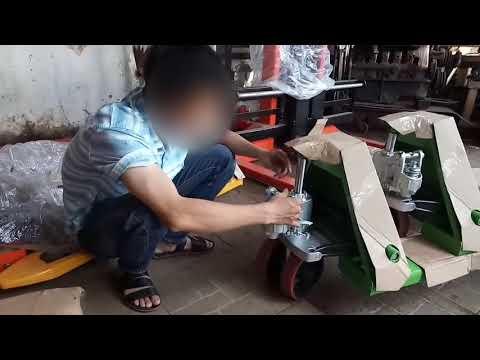 Hướng dẫn tháo lắp xe nâng tay, cách vận hành xe nâng tay