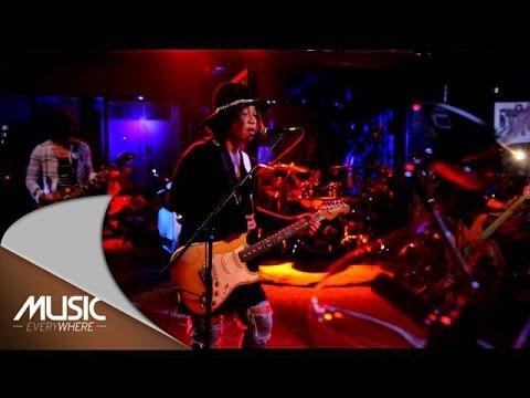 Music Everywhere feat J-Rocks - Perjalanan