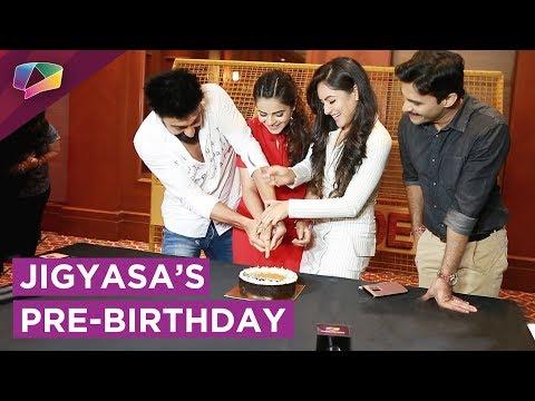 Jigyasa Singh Celebrates Her Pre-Birthday With Her