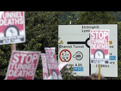 Αγγλία: Διαδηλώσεις και αντιδιαδηλώσεις για τους μετανάστες