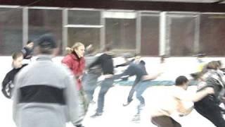 Супер Смях Ледена пързалка - Влакче