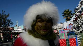 Universal Studios Hollywood Grinchmas Has Begun!