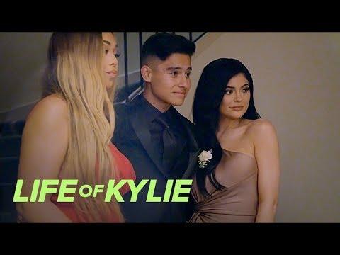 """""""Life of Kylie"""" Recap S1, EP.2   E!"""