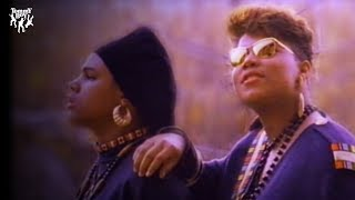 Queen Latifah - Ladies First (feat. Monie Love) [Music Video]