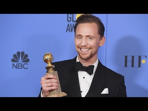 Tom Hiddleston Wins FIRST Golden Globe - See His Touching Speech (видео)