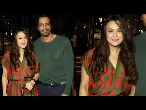 Preity Zinta & Arjun Rampal Spotted Outside A Rest
