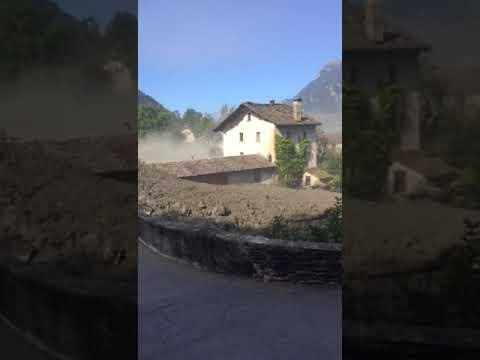 GR: Bregaglia, frana il Pizzo Cengalo, evacuati 100 abitanti