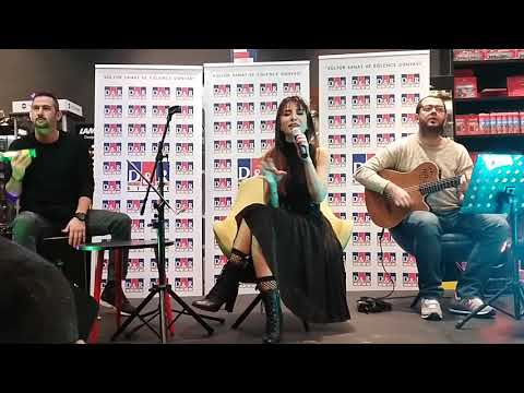 Video Betül Demir - Karabatak (Kanyon D&R Akustik Performans) (26.12.2017) download in MP3, 3GP, MP4, WEBM, AVI, FLV January 2017