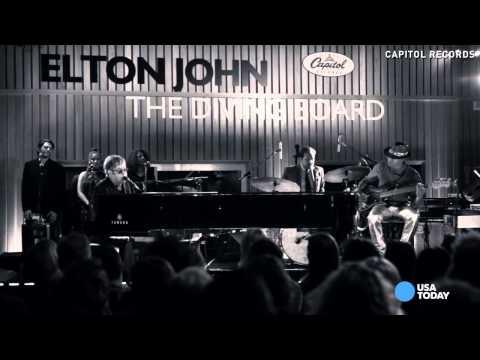 Tekst piosenki Elton John - The New Fever Waltz po polsku