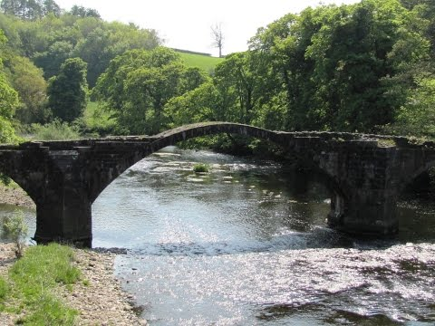 JRR Tolkien Trail–Hurst Green Brandywine Bridge Stonyhurst College round | lancashire  Walks