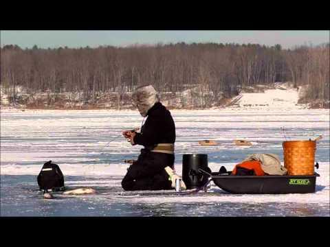 Full video oneida lake ny ice fishing video 2011 season for Ice fishing ny