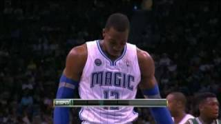I do not own this footage. Dwight Howard gets called for a 10 second free throw violation vs Celtics on Christmas 2010. He would also get a technical.  Paul Pierce counts the seconds lol. Very rare call...Tags:Dwight Howard 10 second free throw violation, rare call on Dwight Howard,10 second call on Dwight Howard, Paul Pierce counting, Paul Pierce counts the seconds,Technical foul, Boston Celtics,Orlando Magic,2010,Christmas,highlights,