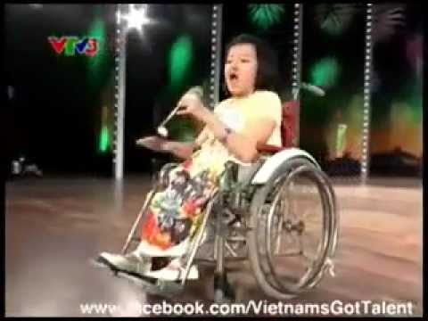 vietnam's got talent - In Vietnam's Got Talent 2012 's audition round, a 15 year-old girl impressed everybody watching. The brittle bone disease put Phuong Anh in the wheelchair si...