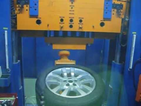 Проверка прочности модели W2355 ARES на удар спицы (Land Rover)