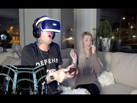 Spelar skräckspel med VR (virtual reality) ☠