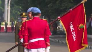 Video Serah Terima Pasukan Jaga Paspampres di Istana Kepresidenan MP3, 3GP, MP4, WEBM, AVI, FLV September 2018