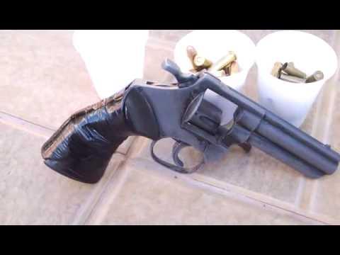 Em Peabiru, homem é preso com revólver e munições