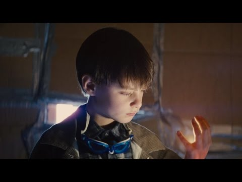 Midnight Special Trailer 2 Starring Michael Shannon and Kirsten
