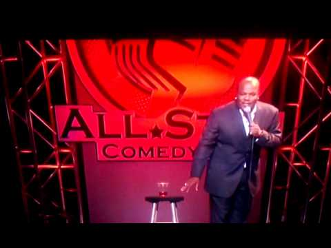 Comedian Eartquake talks Barack Obama! Funny!