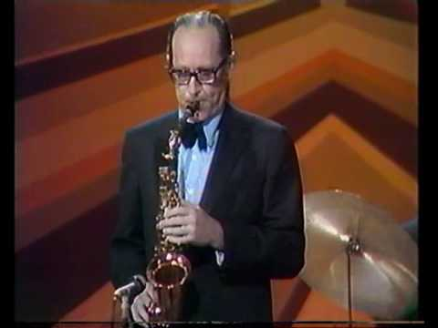 Video Dave Brubeck - Take Five (1972) download in MP3, 3GP, MP4, WEBM, AVI, FLV January 2017