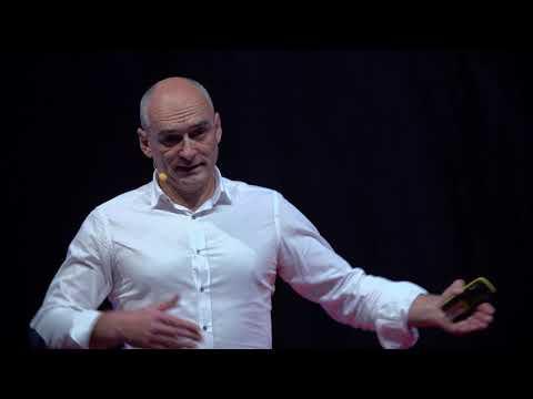 Hogyan teremthetünk egy jobb világot a digitális transzformációval? | Schieszler Tamás | TEDxDanubia