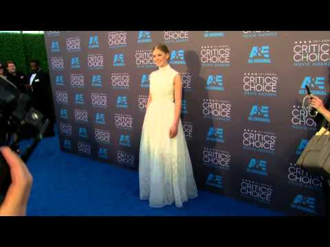 Critics Choice Awards 2015: Rosamund Pike Red Carpet