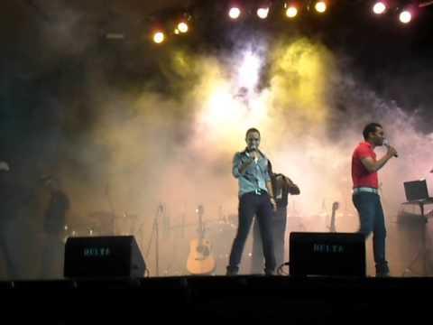Enquanto houver Razoes - Robert & Deivis em Nacip Raydan 02.03.2013