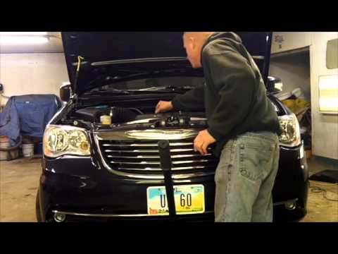 Strobe install 1012 Chrysler Town and Country – Hideaway strobe lights