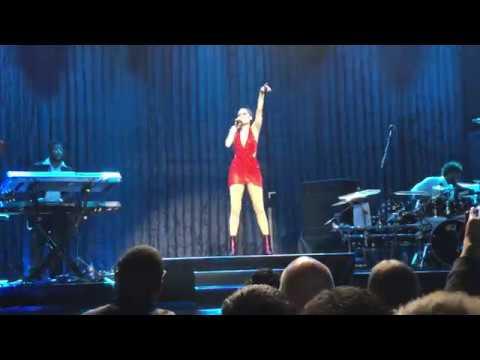 Jessie J - Price Tag - Live - HD - Full