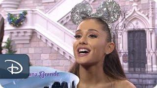 Video Behind the Scenes: Frozen Christmas Celebration | Disney Parks MP3, 3GP, MP4, WEBM, AVI, FLV Agustus 2018