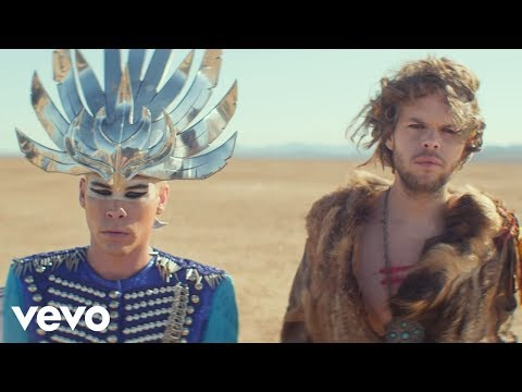 0 Empire of the Sun regresan con nuevo disco