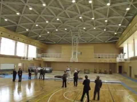 2014_03_19_笠松中学校屋内運動場完成間近
