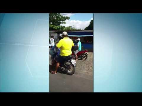 População lincha ladrão em Umbaúba - BALANÇO GERAL