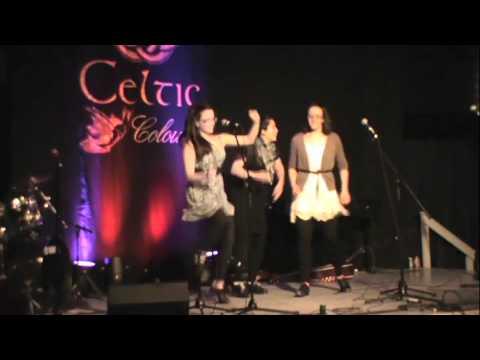 A Capella Step Dance @ Celtic Colours 2011 – Adrianna Ciccone, Catarina Ciccone & Ariel Hyatt