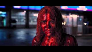 Nonton Carrie  2013    Extended Prom Massacre  Town Destruction Film Subtitle Indonesia Streaming Movie Download