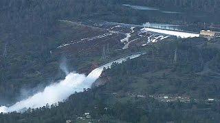 Cerca de 200 mil pessoas tiverem de sair das suas casas, esta manhã, no norte da Califórnia, nos Estados Unidos, devido ao risco de colapso da barragem de ...