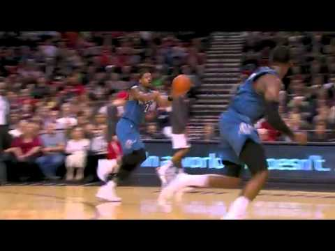 Gerald Wallace steals and dunks on Wizards