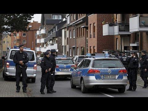 Γερμανία: Πέντε συλλήψεις που σχετίζονται με τις επιθέσεις στο Παρίσι