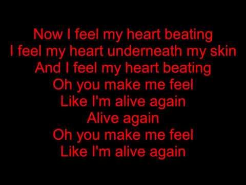 , title : 'Coldplay - Adventure of a Lifetime (lyrics)'