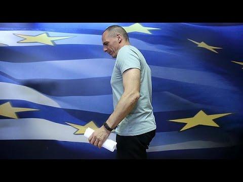 Βαρουφάκης: «Αποχωρώ από το υπουργείο Οικονομικών» – [Live]