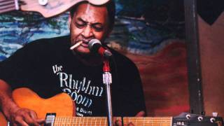 Junior Kimbrough ~ Crawlin' King Snake. wmv (Sad days lonely nights)