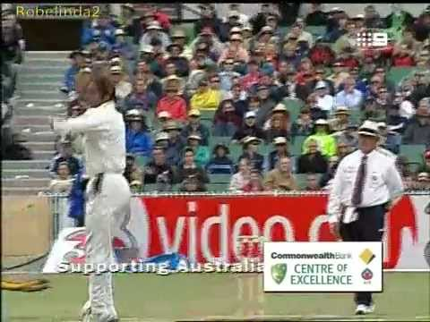 Akhtar - Australia vs Pakistan 2nd test MCG 2004.